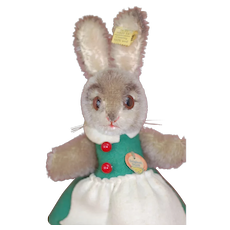 Wonderful 1950s Steiff Hide a gift Rabbit