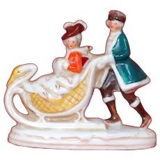 Lovely Winter Christmas Couple in Swan Sleigh Porcelain Snow Baby China Glaze Germany