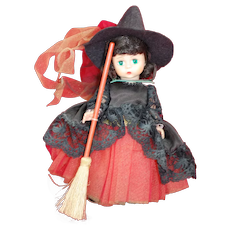 "9"" Madame Alexander Doll "" Halloween Witch "" complete"
