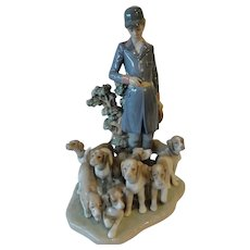 Lladro 'Master of the Hounds'