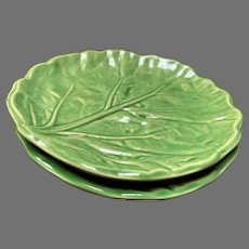 Olfaire Green Majolica Lettuce/Cabbage Leaf Plates #2621 Set of 2