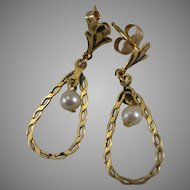 14K Yellow Gold Earrings with Cultured Pearl Drop