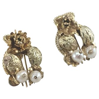10K Tri Color Gold Harp Shaped Earrings w/ Natural Pearls