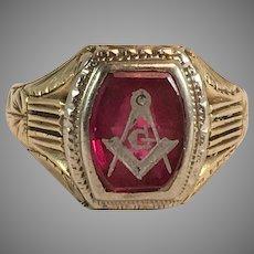 14K White & Yellow Gold Syn Ruby Masonic Ring Sz 9