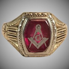 14K White & Yellow Gold Syn Ruby Masonic Ring Sz 9