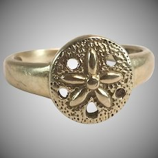 14K YG Child's Sand Dollar Ring Sz 2 1/2