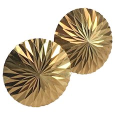 18K YG Round Shiny Pressed Flower Petal Design Earrings