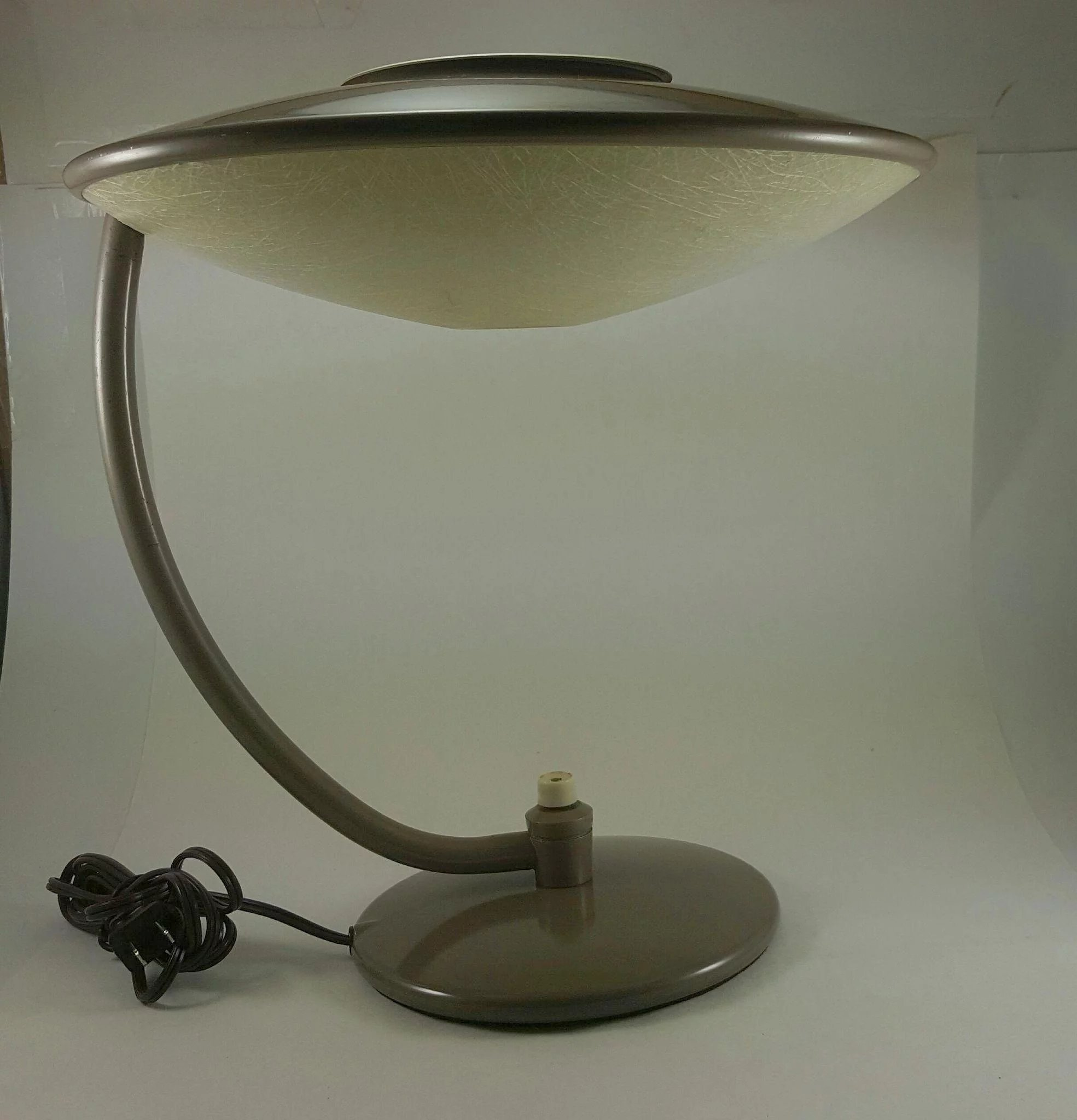Dazor flying saucer spaceship table lamp model 2006 the moody dazor flying saucer spaceship table lamp model 2006 click to expand arubaitofo Gallery