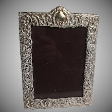 Paterna & Livi Italian Sterling Silver Embossed Desk or Vanity Picture Frame