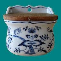 Vintage Blue Danube Japan Salt Box with Lid in Blue Onion Pattern