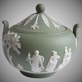 Wedgwood 1968 Jasperware Sugar Bowl with Lid Cream on Celadon