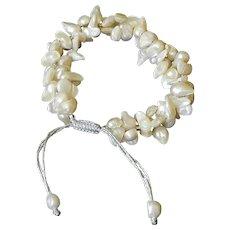 White cultured freshwater blister pearls bracelet
