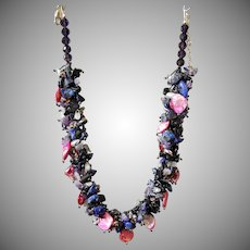 Mother of Pearl Necklace with Mauve Pearls and Lapis Lazuli