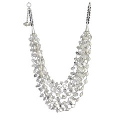 Freshwater cultured White Pearls Necklace with Clear Quartz