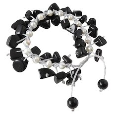 Black Obsidian with cultured Freshwater Pearls Bracelet