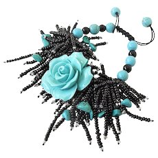 Turquoise Flower Bracelet with Turquoise Gemstones and Black Seed Beads