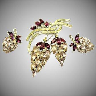 1950s CROWN TRIFARI Set Brooch Earrings Amethyst and Clear Crystal Rhinestones