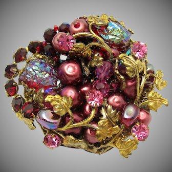 Stunning ORIGINAL BY ROBERT Dimensional Brooch Strawberry Art Glass Golden Vines