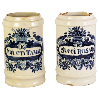 A pair of 18th century Delft blue and white faience drug jars, Factory marks for De Drie Klokken (The Three Bells), circa 1780