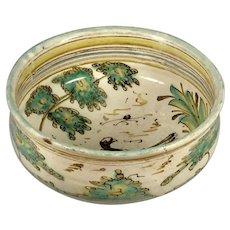 A large 18th century Talavera majolica bowl, circa 1730, Castile, Spain