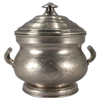 A Russian Imperial silver and silver gilt sugar bowl, Minsk, Belarus, 1892