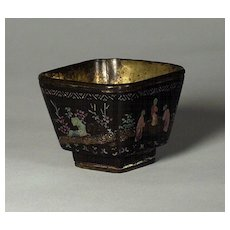 Superb Chinese black lacquer and mother of pearl inlaid cup, Kangxi (1661-1722), probably Beijing, circa 1690.