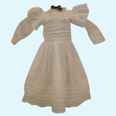 White Wear Dress in the Antique Style