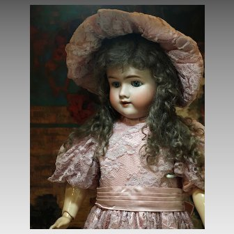 Lovely German Antique Doll-Heinrich Handwerck ♥♥