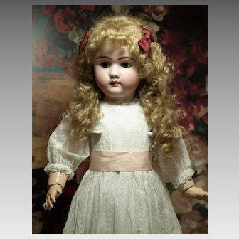 Pretty Heinrich Handwerck 109-12 Antique Doll