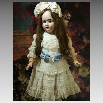 Pretty Heinrich Handwerck in Lovely Lace Dress with Bonnet and Very Long Beautiful Antique Brown Wig ♥♥