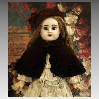 Faux Fur Hat with Velvet Embroidered Cape-♥♥