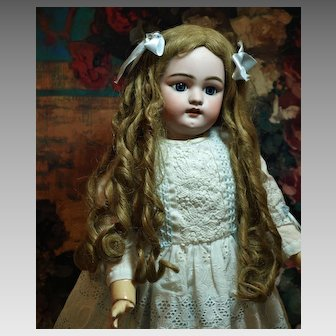 ON HOLD FOR R.  Simon & Habig 1079 Antique Doll - with Gorgeous Blue Sleep Eyes and Fabulous Antique Wig ♥♥