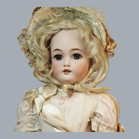 """Cabinet Size 17"""" Simon & Halbig C. M Bergmann Excellent Antique Dress, Wig, Hat & Shoes ♥♥"""