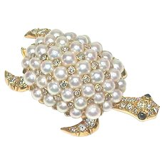 Articulated Pearl Diamond Turtle Pin