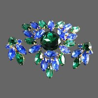 Stunning Emerald Green and Sapphire Blue Glass Rhinestone Brooch & Earring Set in Bright Gold Base Metal