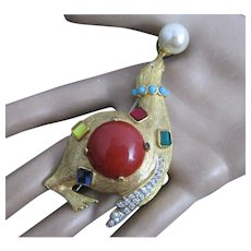 1960 K.J.L Kenneth Jay Lane Seal Balancing Faux Pearl Brooch Fantasy Series Collection