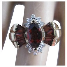 Vintage 10K Yellow Gold Garnet and Diamond Ring