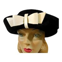 SALE * Women's Vintage Sally Victor Hat Headlines c1960