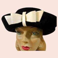 SALE * Women's Vintage Sally Victor Hat Headlines c1960