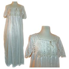 Victorian Nightgown of Fine Lawn, Valenciennes Lace c1880-1900 - Red Tag Sale Item