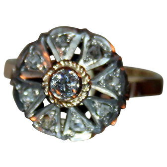 Starburst Diamond Ring in 14kt Gold, Silver c1920-40