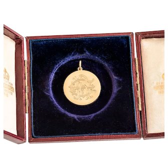 Antique English Gold 18 ct Locket Engraved Monogram