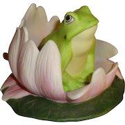 Franklin Mint Woodland Surprises Frog Figurine