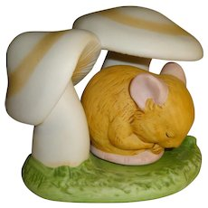 Franklin Mint Woodland Surprises Mouse Figurine