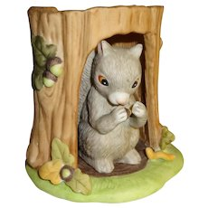 Franklin Mint Woodland Surprises Squirrel Figurine