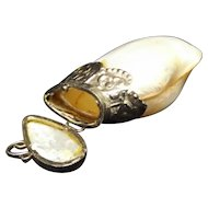 Victorian Polished Clam Shell Vesta / Match Safe