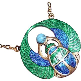EGYPTIAN REVIVAL SCARAB Necklace Metallic Green Blue Wings Turquoise Glass Cabochon Gold Plated