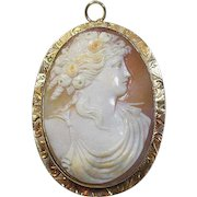 Edwardian (1910), 10 Carat Gold Framed Carved Cameo Brooch/Pendant