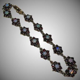 Vintage Garnet and Opal Rosette Sectioned Bracelet Set in Gilt Sterling Silver(925/1000)