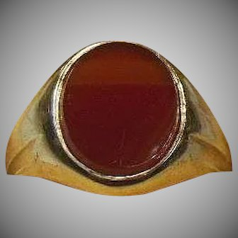 English Antique 9 Carat Gold and Carnelian Ring